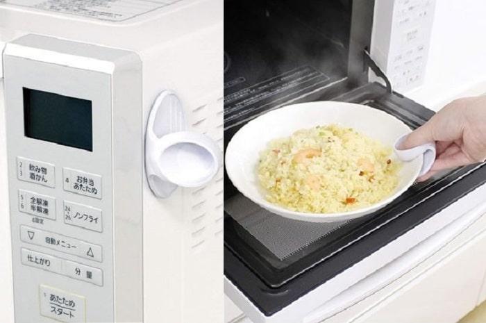 レンジにピタッ!磁石付き「皿つかみ」はレンチン後すぐ使えて超便利!