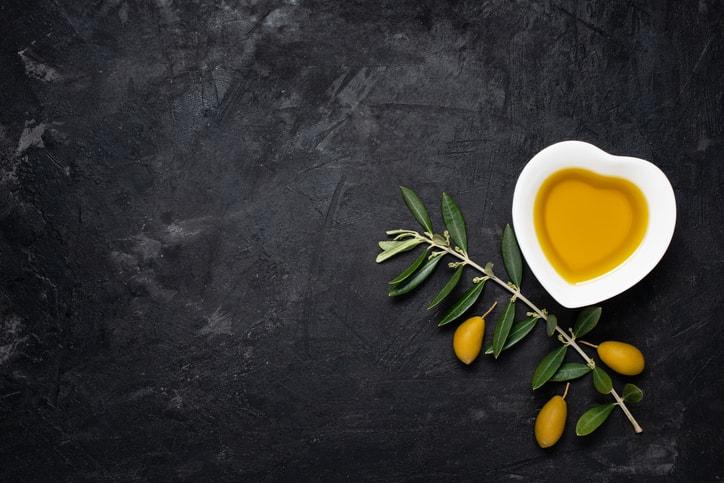エクストラバージンオリーブオイルで健康食生活