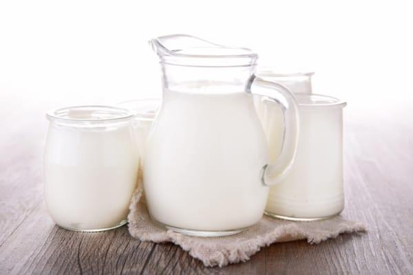 ヨーグルト酒おすすめ10選|炭酸水、牛乳、ロック…おいしい飲み方はどれ?