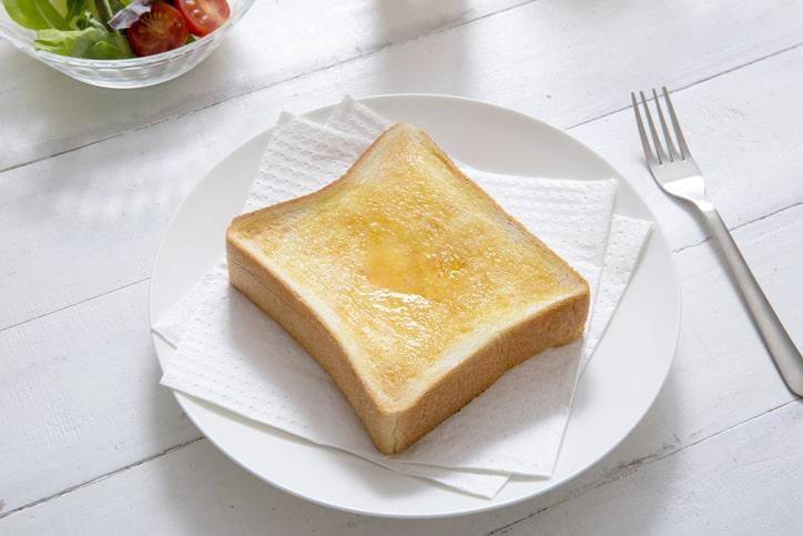いざ実食!パン型陶器の効果は?