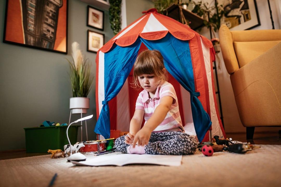 キッズテントのおすすめ一覧!コンパクトでおしゃれな子供用テントを紹介