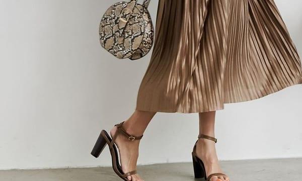 秋冬トレンドのプリーツスカートを今っぽ可愛く着こなす7つの方法!