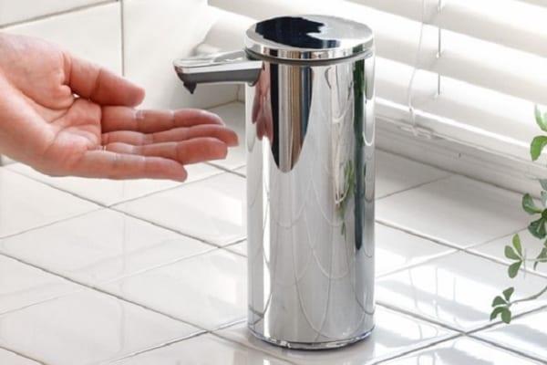 触れずに手洗い!コードレス『自動ソープディスペンサー』はウイルス対策に◎