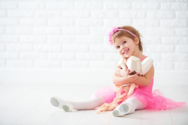 小さいのはイマだけだから、かわいいキッズドレスで思い出づくりを♪