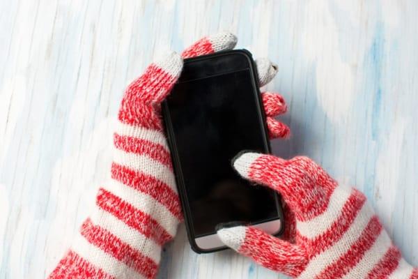 秋冬に大活躍!かわいい【スマホ対応手袋】で手の冷え防止♪