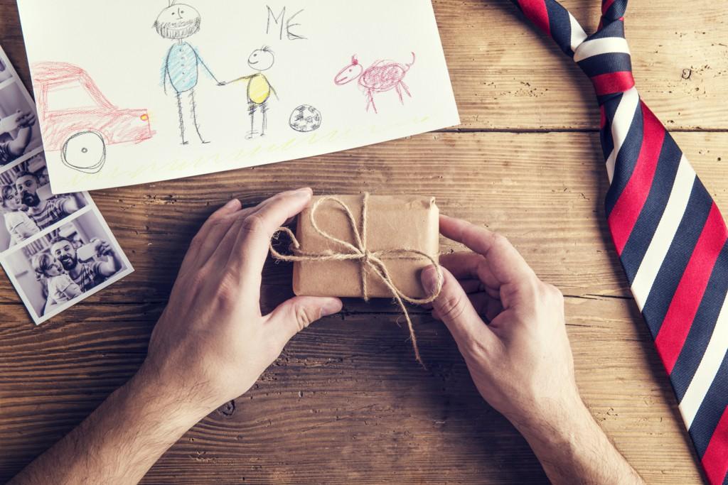 父の日のお祝いにピッタリ♪名入りやメッセージカードなどオリジナルギフト7選☆