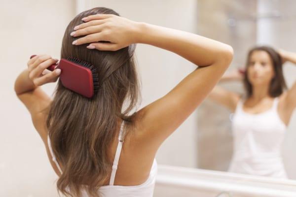 サラツヤ髪を手に入れたい!話題の《ヘアケア用品》で美髪メイク