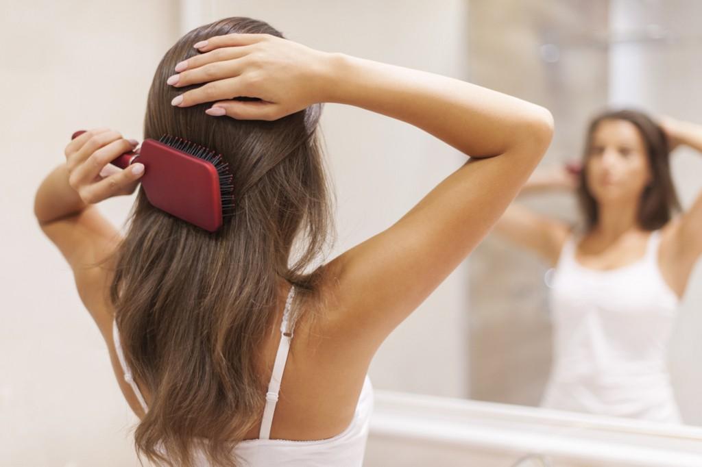 サラツヤ髪を手に入れたい!話題の《ヘアケア用品》で美髪メイク♡