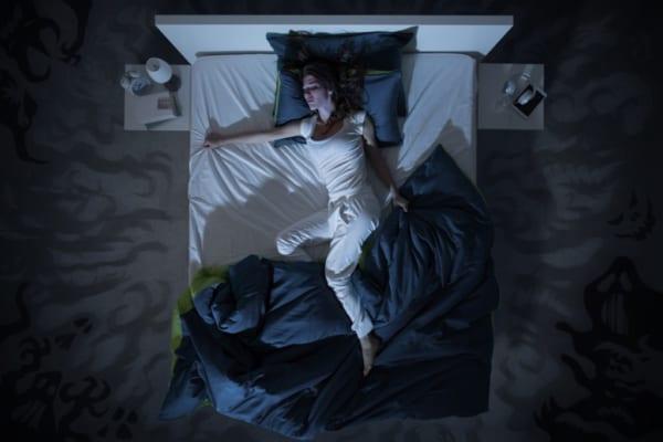 朝までぐっすり。ひんやり寝具で熱帯夜を乗り越えろ!おすすめ涼感寝具まとめ