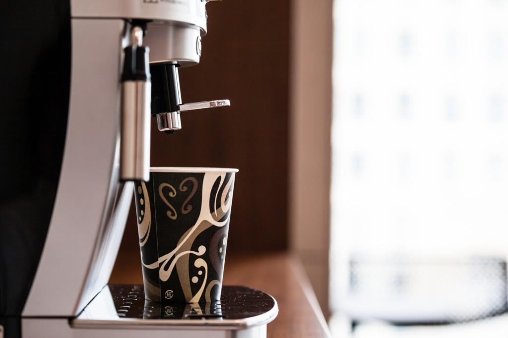 コーヒーメーカー 全自動
