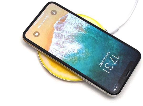 Qi モバイルバッテリー