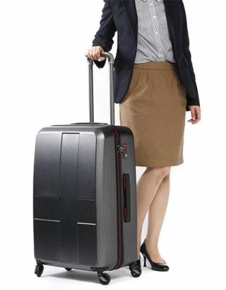 70リットル スーツケース