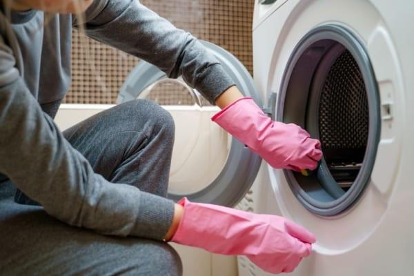ごっそり取れる!きれいで簡単な洗濯機の掃除方法とは?