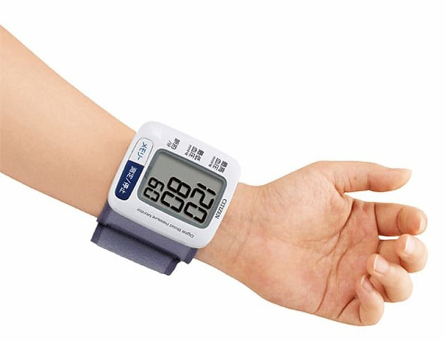 手首式 血圧計