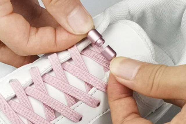 ほどける靴紐とさよならしましょ。【結ばない靴紐】でストレス解放!