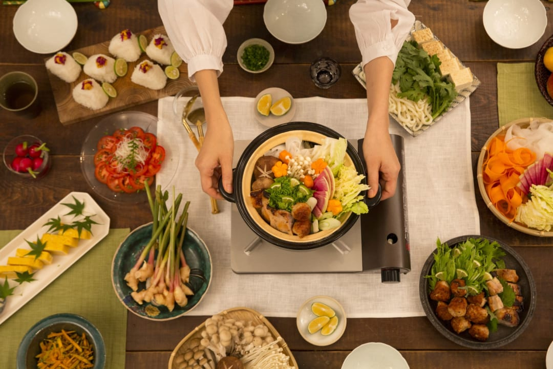 脱マンネリの人気鍋料理の種類とは?こだわりのだしでスープを堪能しよう!