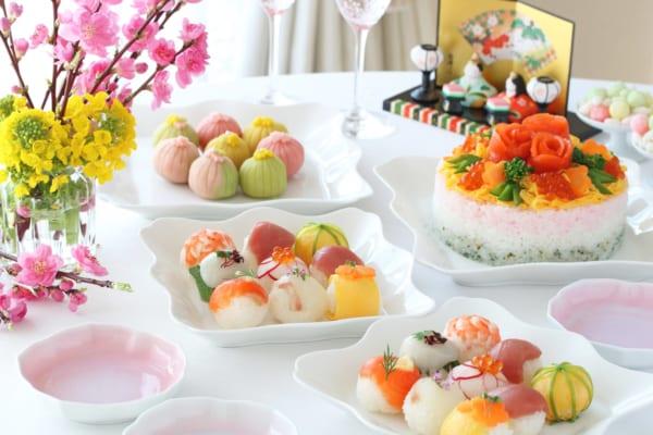 ひな祭りは手作りちらし寿司でお祝い!人気レシピや飾り付けを紹介