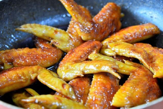 栗と鶏肉のガーリック炒め
