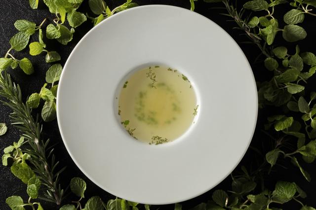 鶏だしを使ったやさしい野菜スープ