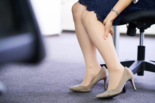 目指せ美脚!足のむくみを手軽に解消する5つの方法