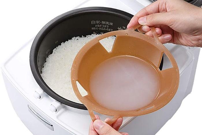 白米の糖質15%カット!炊飯器に入れるだけで毎食ヘルシーになるグッズが神!