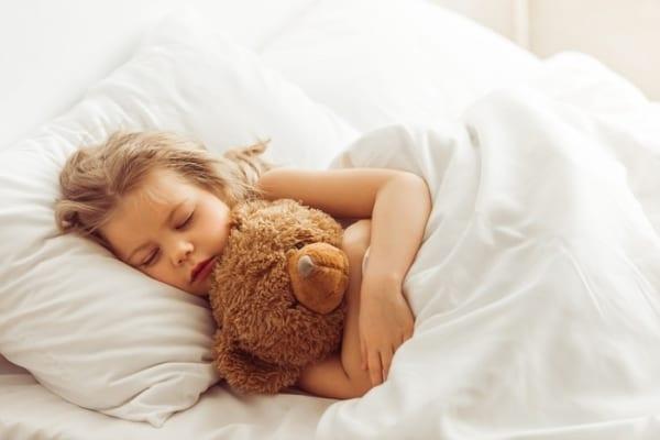 【今日は何の日?】寝る子は育つは本当!眠育にぴったりの枕って?