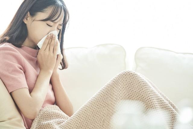 花粉症はどんな症状を引き起こす?