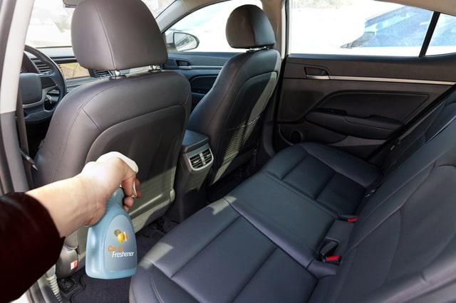車内の消臭方法