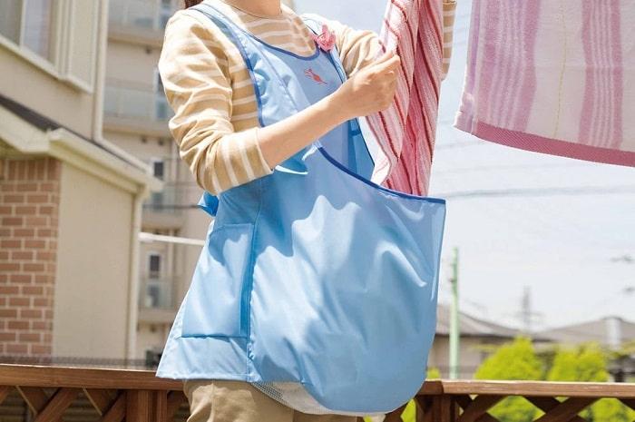 洗濯干す時もうかがまない!立ったままスピーディーに干せるお助けエプロンが神