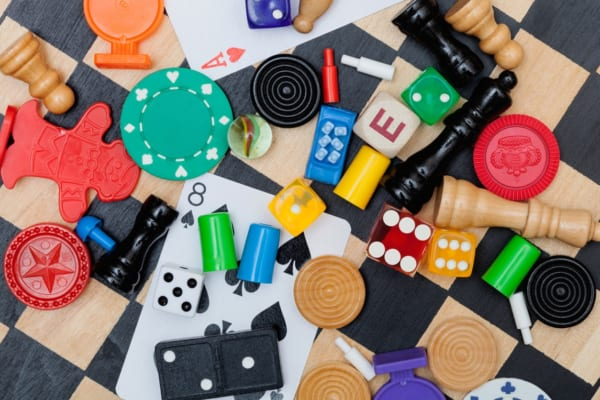 ボードゲーム(ボドゲ)のおすすめ30選〜不朽の名作から2019年人気ゲームまで紹介〜