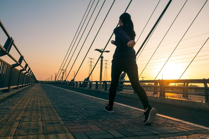 スロージョギングで無理なく健康促進