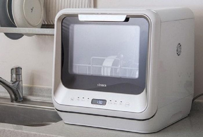もう洗い物はしなくてOK!節水節電にもなる『食器洗い乾燥機』に全部お任せ!