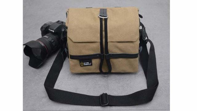 カメラショルダーバッグ 多機能 実用的 防水 キャンバス