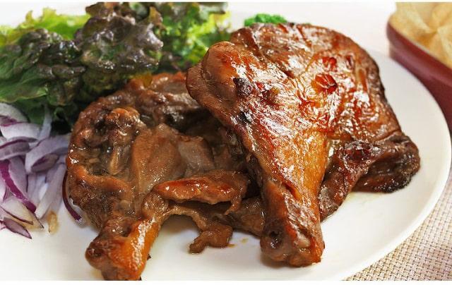 バーベキュー 骨付き鶏もも 照り焼き
