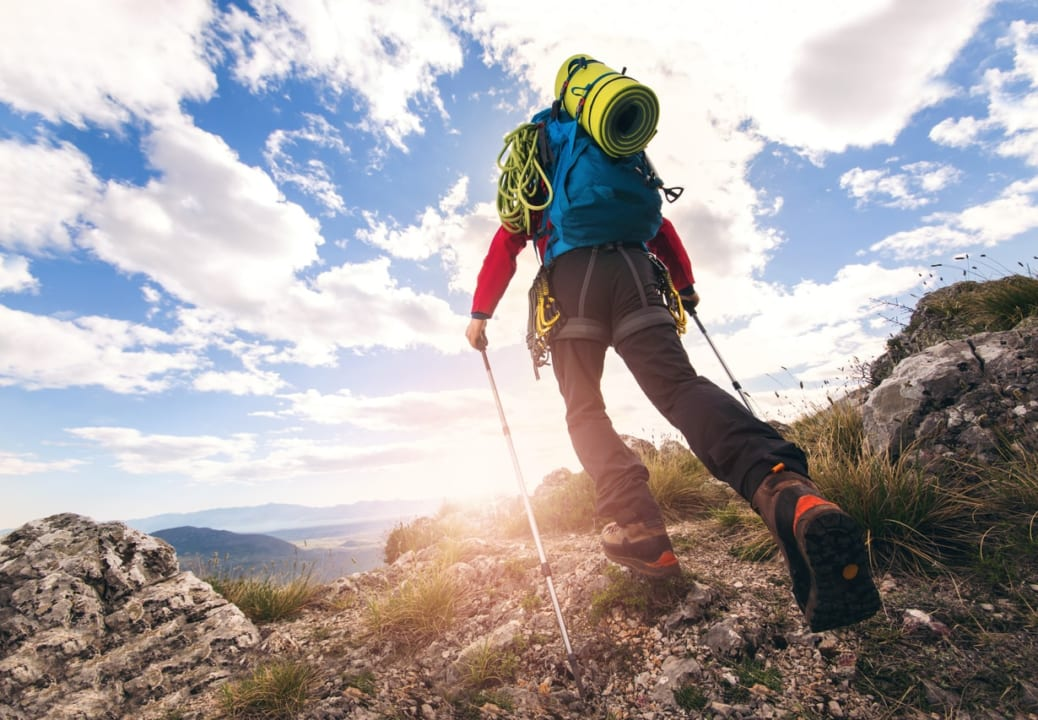 《初心者必見!》登山の服装・用品の持ち物チェックリスト&おすすめブランド