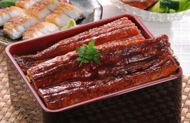 うなぎ(鰻)の蒲焼き 約200gの特大サイズ