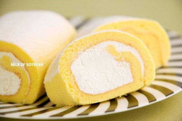 クリームたっぷり豆乳ロール
