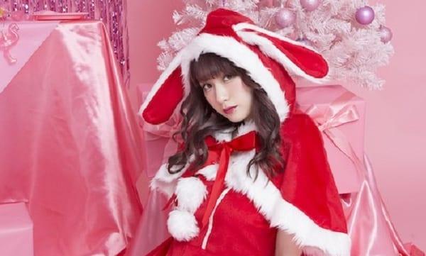 今年のクリスマスは王道サンタコスチュームで決まりでしょ!