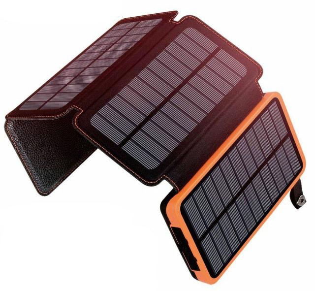 ソーラー付き充電器