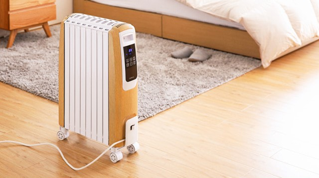 オイルヒーター 速暖 即暖 省エネ 木目調 タイマー機能 リモコン キャスター付き 暖房器具 節電 エコ ヒーター